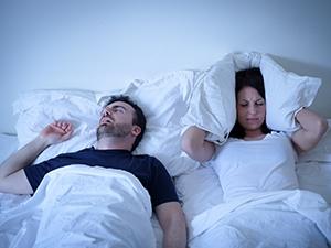 L'apnée du sommeil : causes, risques et traitements