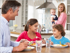 Donner de bonnes habitudes alimentaires à son enfant