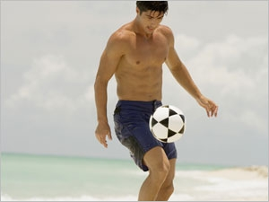 La pratique du beach soccer