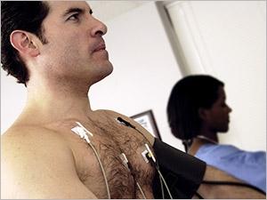 Surveiller le rythme cardiaque avec l'enregistrement Holter
