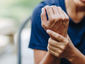 Soigner une entorse du poignet