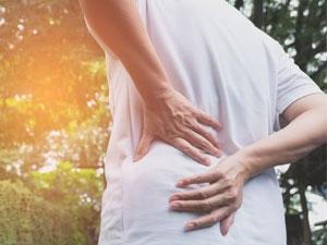 Les symptômes et les traitements de la hernie discale