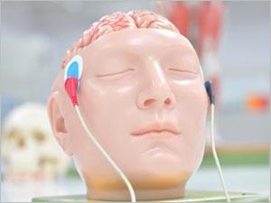 Des électrodes dans le cerveau pour diminuer les symptômes de la maladie de Parkinson