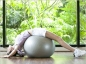 Les bienfaits du ballon de gym pour le dos