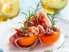 Bouchées d'abricot au jambon cru et basilic