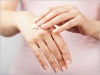 Que faire en cas de mains sèches ou abîmées ?